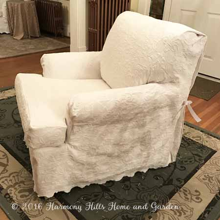 DIY Custom Slipcovers Made From Bedspreads   A Great Money Saver!